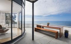 balcon du séjour offrant une belle vue marine