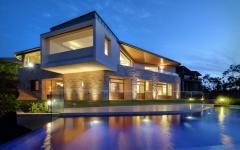 maison luxe architecture contemporaine grande piscine outdoor
