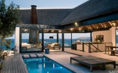 villa de vacances à deux niveaux