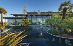 grande piscine décoration belle demeure millionnaire