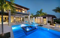 piscine extérieure éclairée design