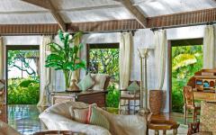 séjour poutres apparentes design tropical exotique
