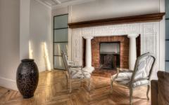 Intérieur maison basque rénovée cheminée