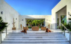 maison de prestige extérieur terrasse marbre