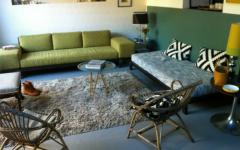 salon au mobilier simple loft
