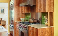 Placards de cuisine en bois massif