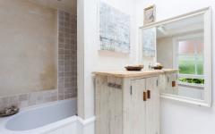 petite salle de bains déco artistique