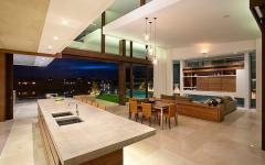 grande pièce de vie spacieuse belle demeure