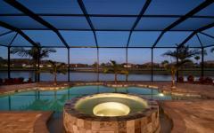 véranda piscine intérieure luxe jacuzzi