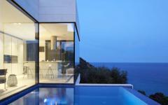 piscine outdoor vue sur mer