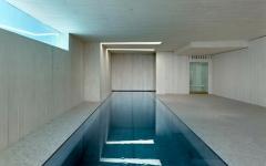 piscine intérieure béton villa de rêve