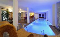 Piscine spa soins centre résidence de luxe à Paris XI