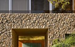 façade en pierre esprit rustique maison de prestige