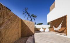 espace outdoor belle maison contemporaine