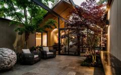 belle terrasse maison foncée