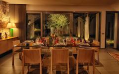salle à manger accueillant belle demeure de vacances