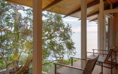 balcon couvert chambre à coucher principale villa de vacances mer