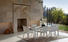 salle à manger couverte en plein air maison moderne