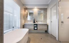 baignoire douche petite salle de bains