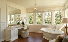 spacieuse salle de bains maison de vacances