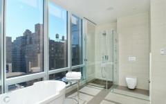 salle de bains moderne immobilier de luxe manhattan