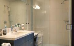 petite salle de bain moderne chalet