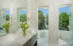salle de bain marbre blanc luxe
