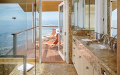 grande salle de bain design luxe maison secondaire