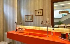 toilettes déco orange maison moderne familiale secondaire