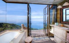 salle de bain design vue sur mer