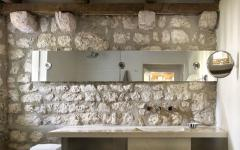 salle de bains design rustique maison rénovée
