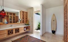 Salle de bains design tropical tribal