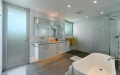 salle de bains design tous conforts