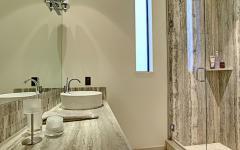 cabine de douche en marbre luxe