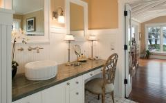 salle de bains rétro rustique villa de vacances