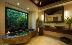 salle de bains luxueuse hawaii exotique
