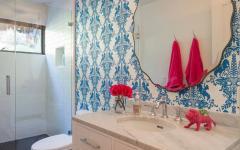 déco salle de bain en couleurs