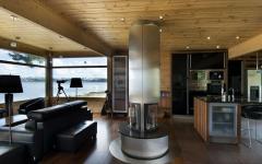 Séjour moderne maison en bois sur la côté