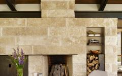 résidence à la campagne en bois et pierres massives