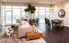 mobilier contemporain donnant sur terrasse avec vue