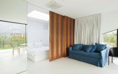 ameublement minimaliste simple studio à louer