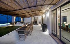 patio couvert villa de luxe vacances côte d'Azur