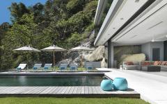 terrasse piscine à débordement villa de luxe phuket