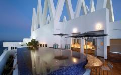 terrasse de luxe piscine jacuzzi