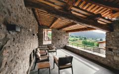 belle demeure balcon sympa