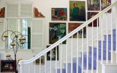 intérieur escalier rustique maison de vacances californie