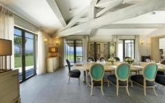pièce de vie principale design villa de luxe Saint Tropez