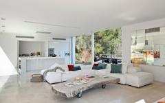 séjour contemporain en blanc villa ibiza