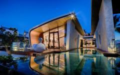 vue villa de vacances luxueuse de nuit