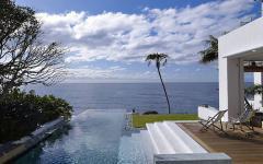 piscine à débordement villa de luxe plage australienne